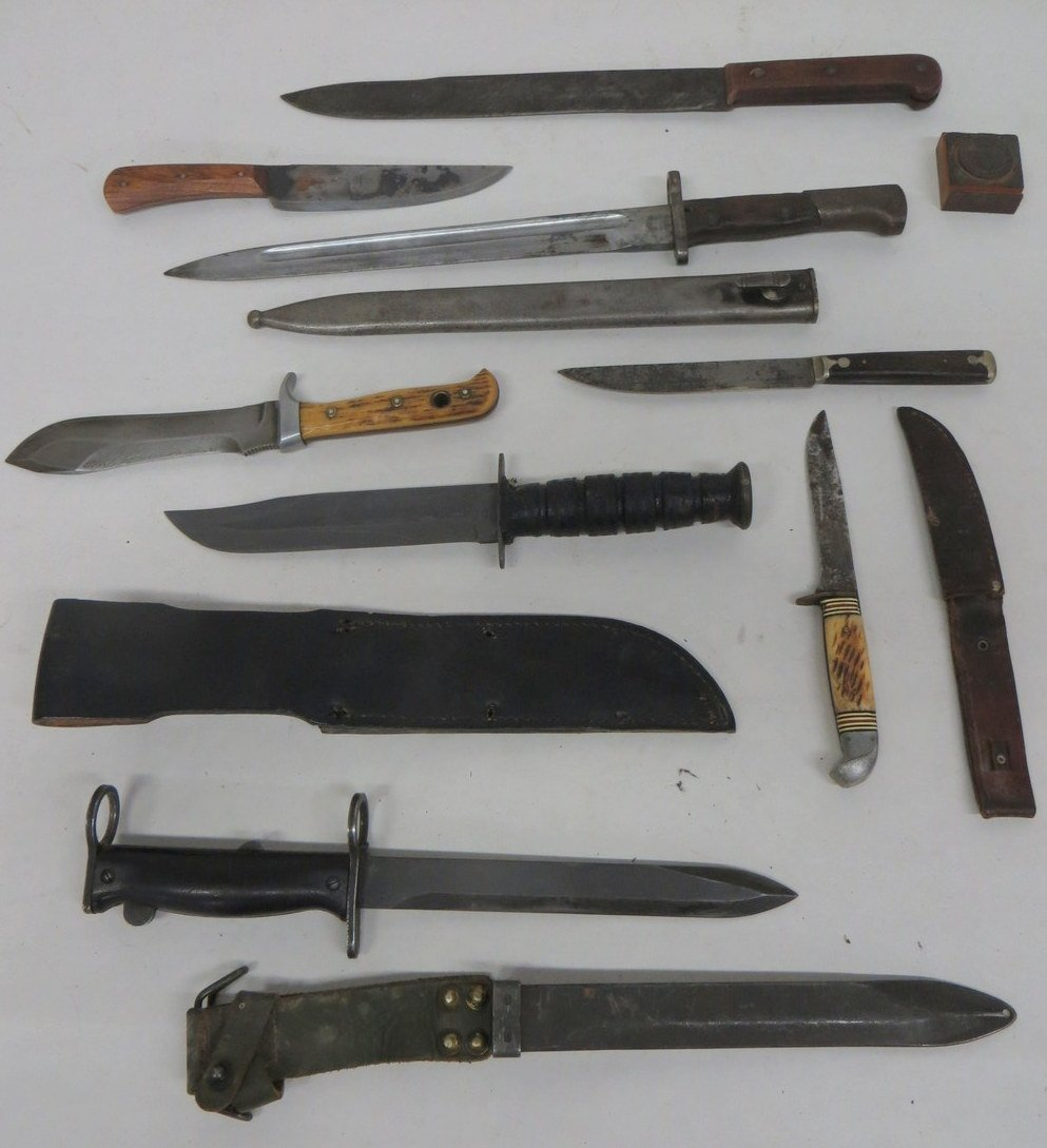 Collection of 7 old military & sporting knives, most mi