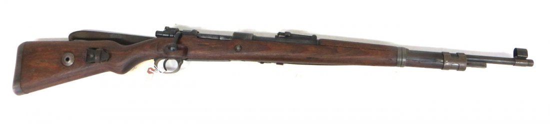 Military rifle - bolt action - Model 98. NOTE - LIVE BA