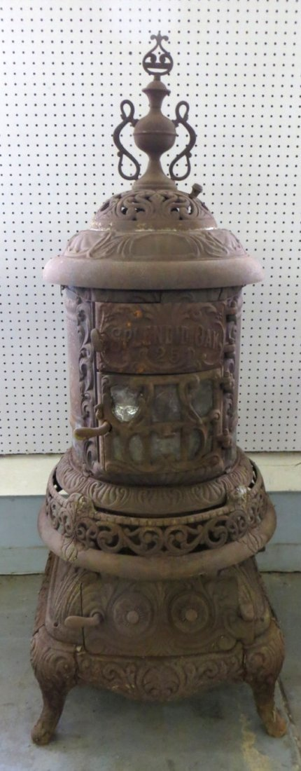 Cast iron pot belly stove signed Splendid Oak No. 25 -