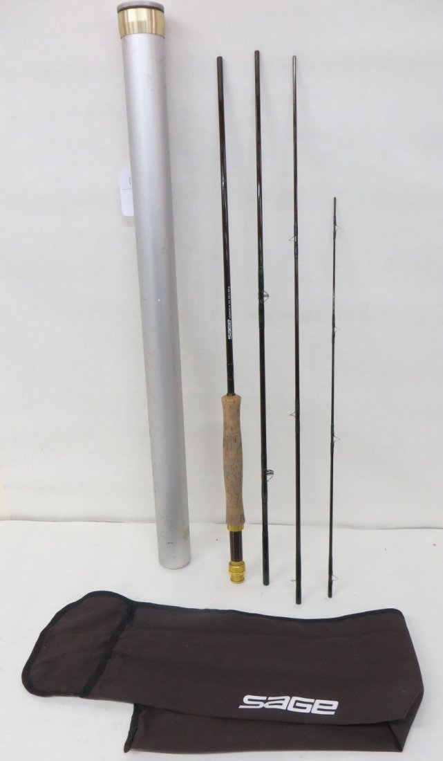 Signed Sage Graphite III GFL 890 3 section spinning rod