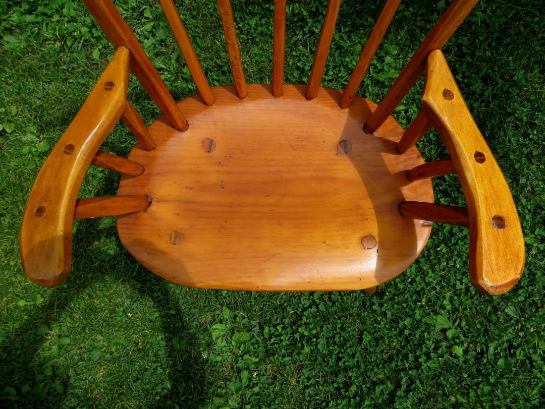 Rustic Hunt Country Furniture round pine table with laz - 6