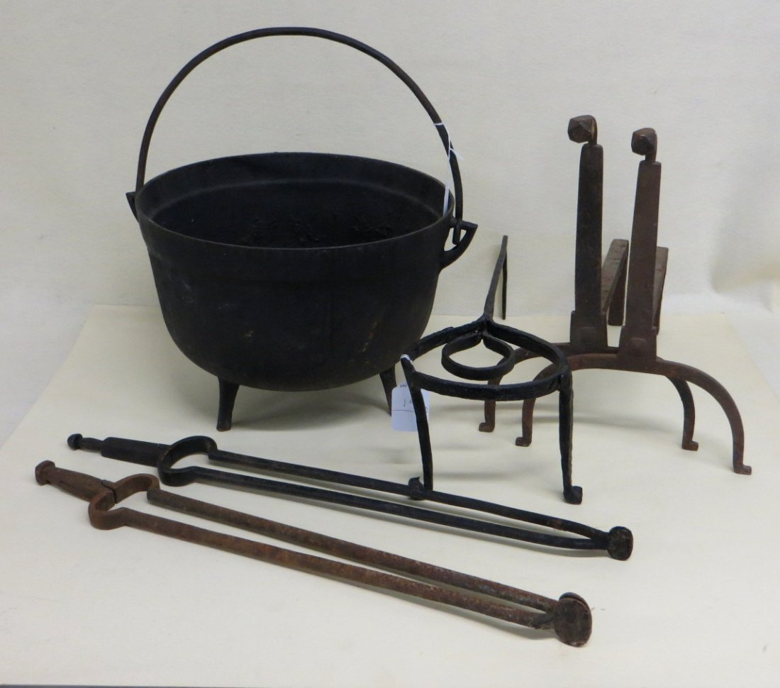 Collection of 5 pieces of cast iron hearth items