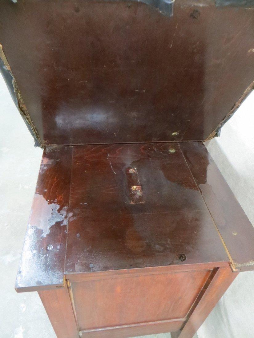 Vintage wooden medical examination table, looks similar - 5