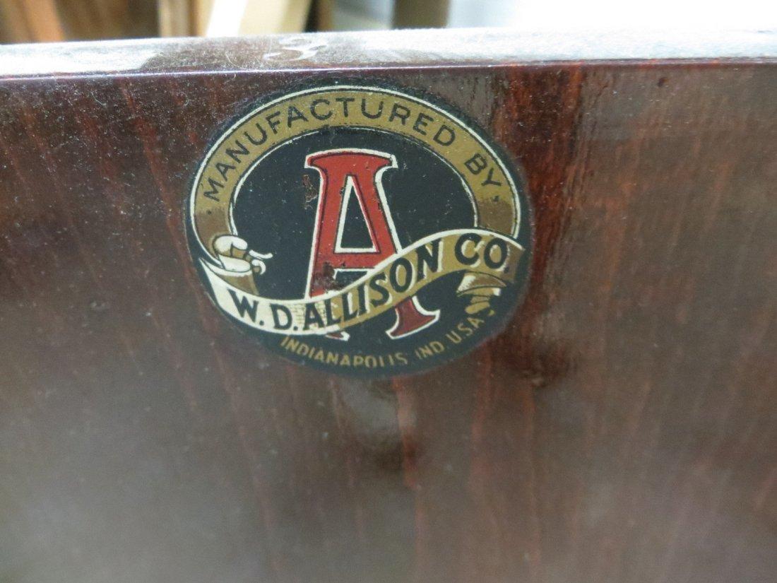 Vintage wooden medical examination table, looks similar - 6