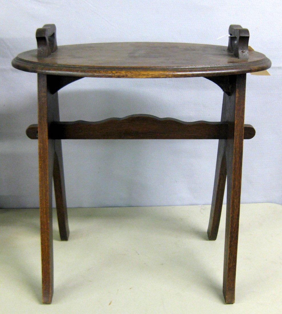 Small Val-kill Hyde Park NY oak serving table having 2