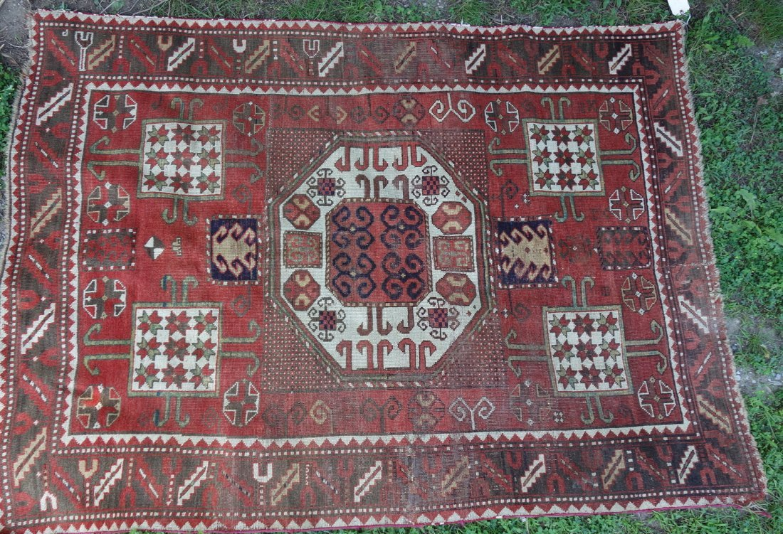 Very fine oriental scatter rug with good color  - 5'6""