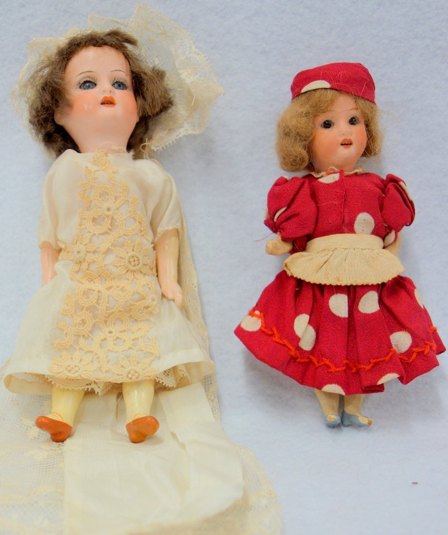Two dolls including: Heubach Koppelsdorf 250.19 German
