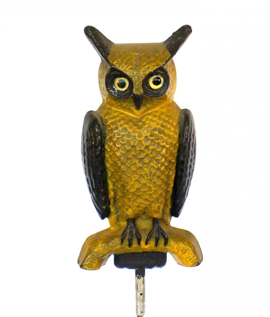 Vintage Soules Swisher paper mache owl decoy in old