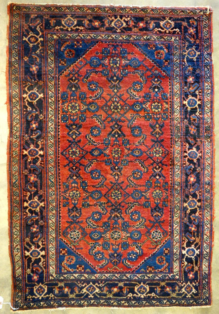"""Oriental scatter rug - 4' 9.5"""" x 3' 3"""". Minor wear,"""
