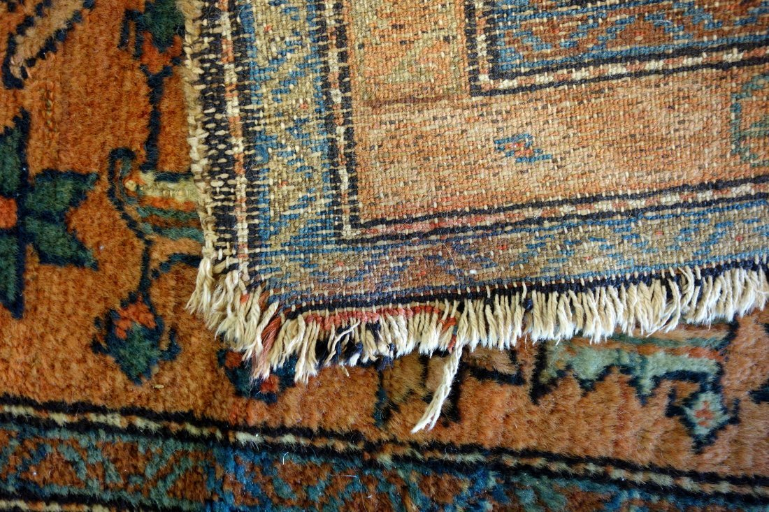 """Oriental scatter rug - 2' 6"""" x 3' 11"""". Good condition. - 3"""