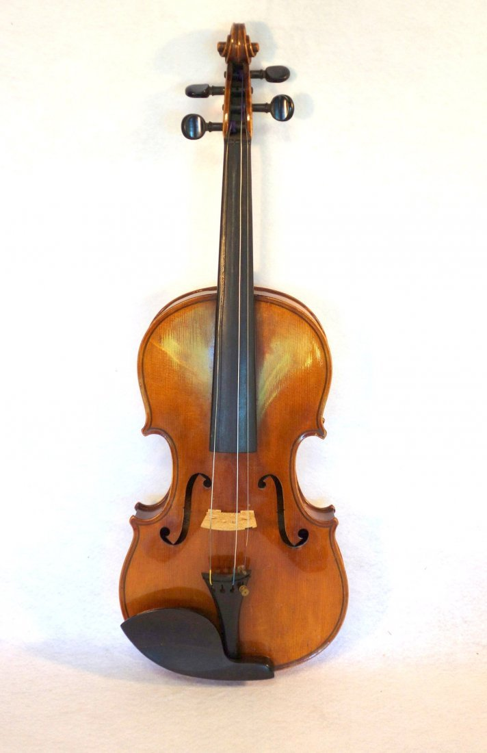 Straduari tiger maple violin with 2 bows. - 2