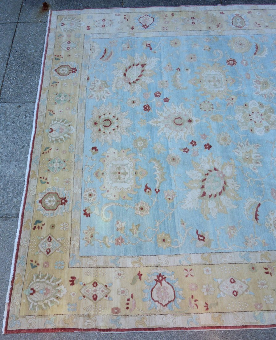 Large room size oriental style rug in light pastel - 4