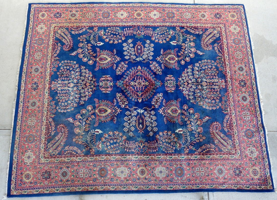 """Hand made oriental room size rug - 8'  1"""" x 9' 7""""."""