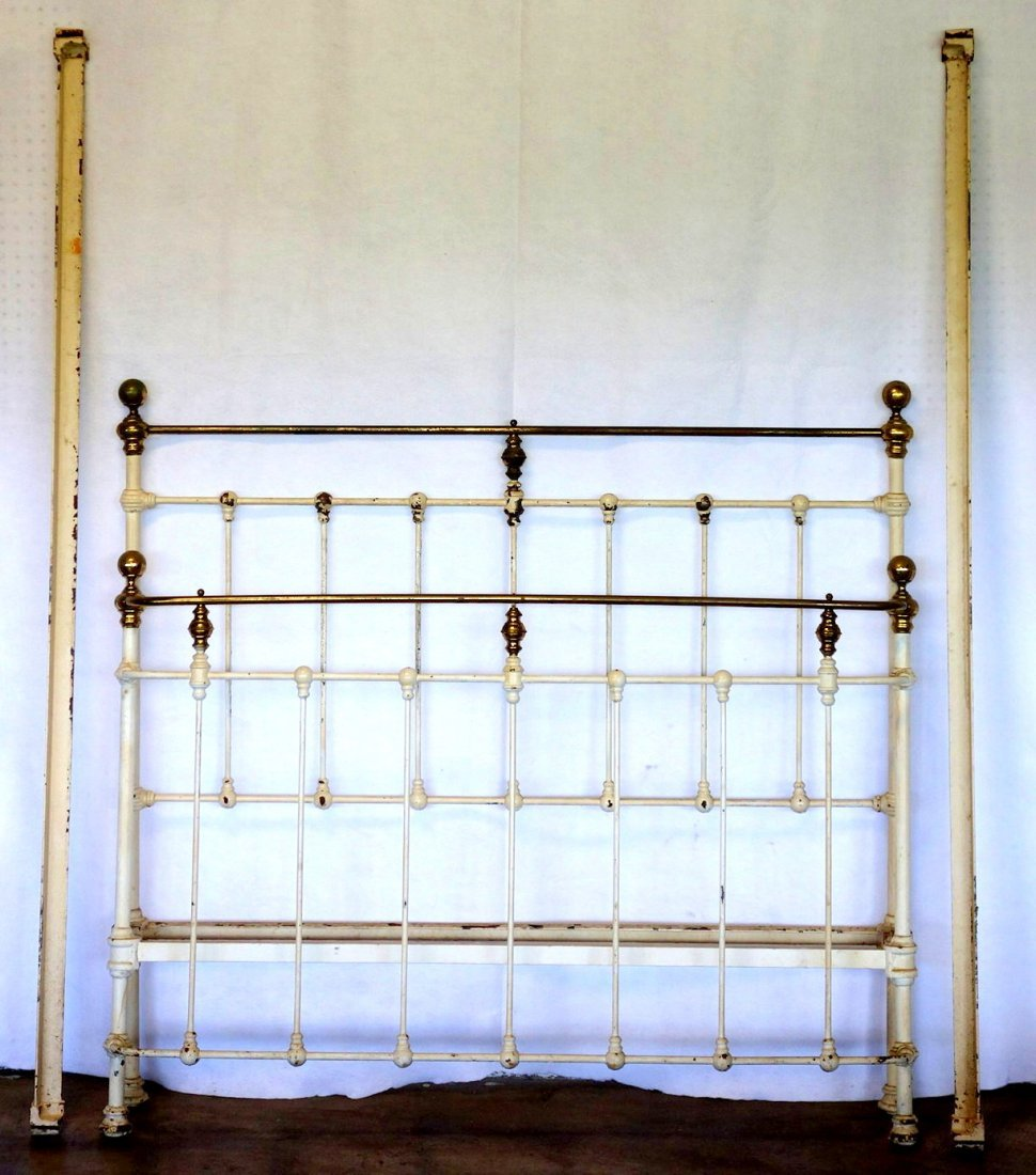 Brass and iron Victorian bed - curved footboard - 19th