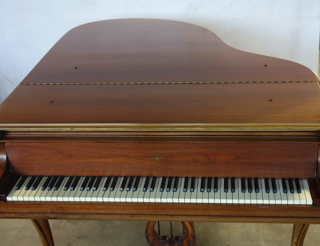 Hardman fruitwood baby grand piano in the French style - 2