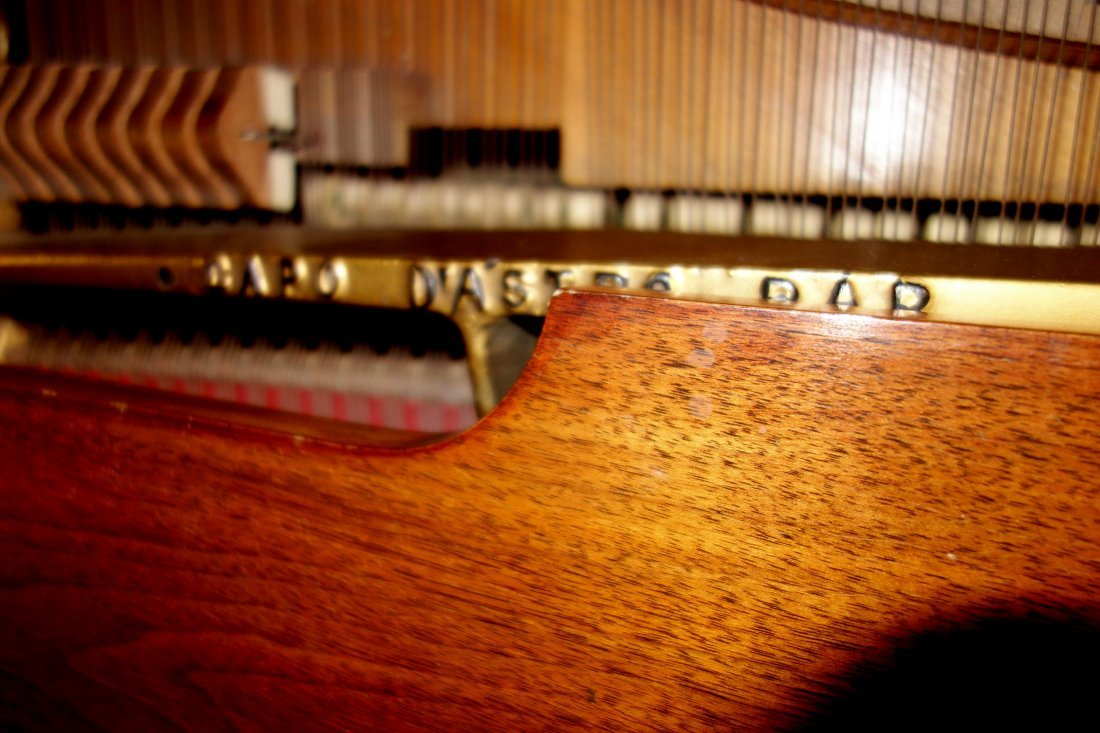 Hardman fruitwood baby grand piano in the French style - 7