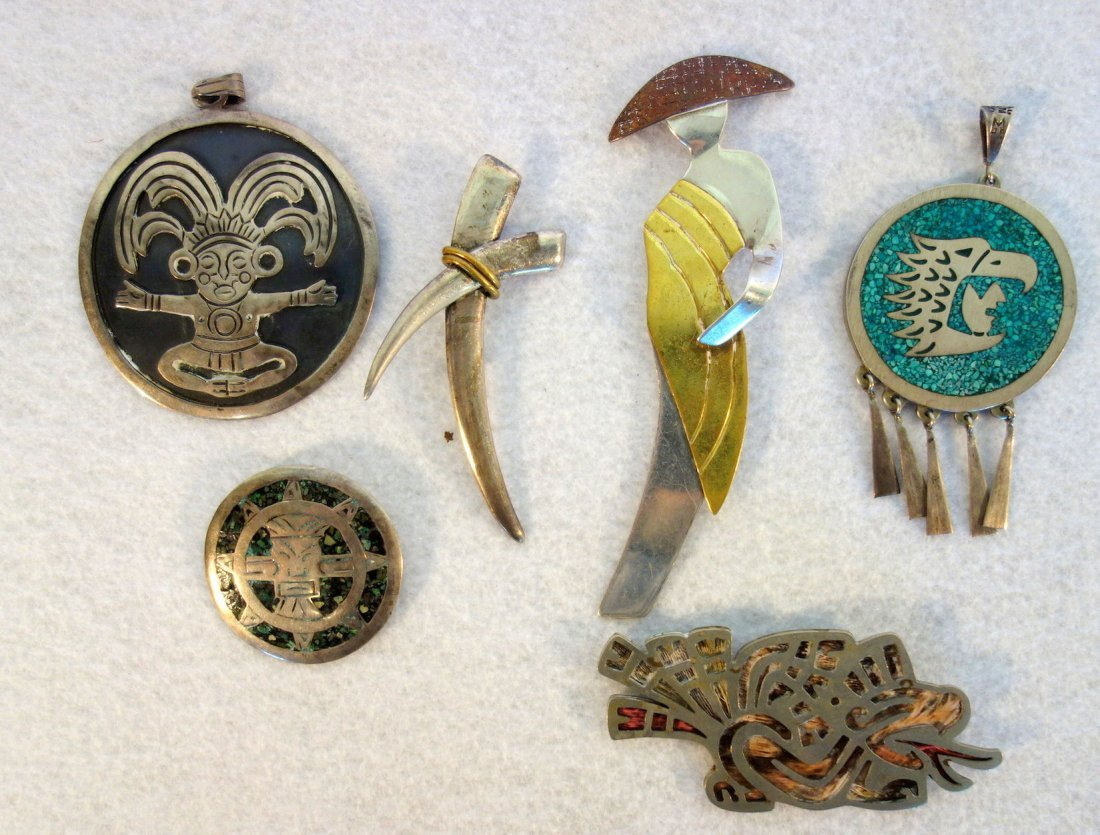 Grouping of 15 pieces of American, Mexican and Native - 2