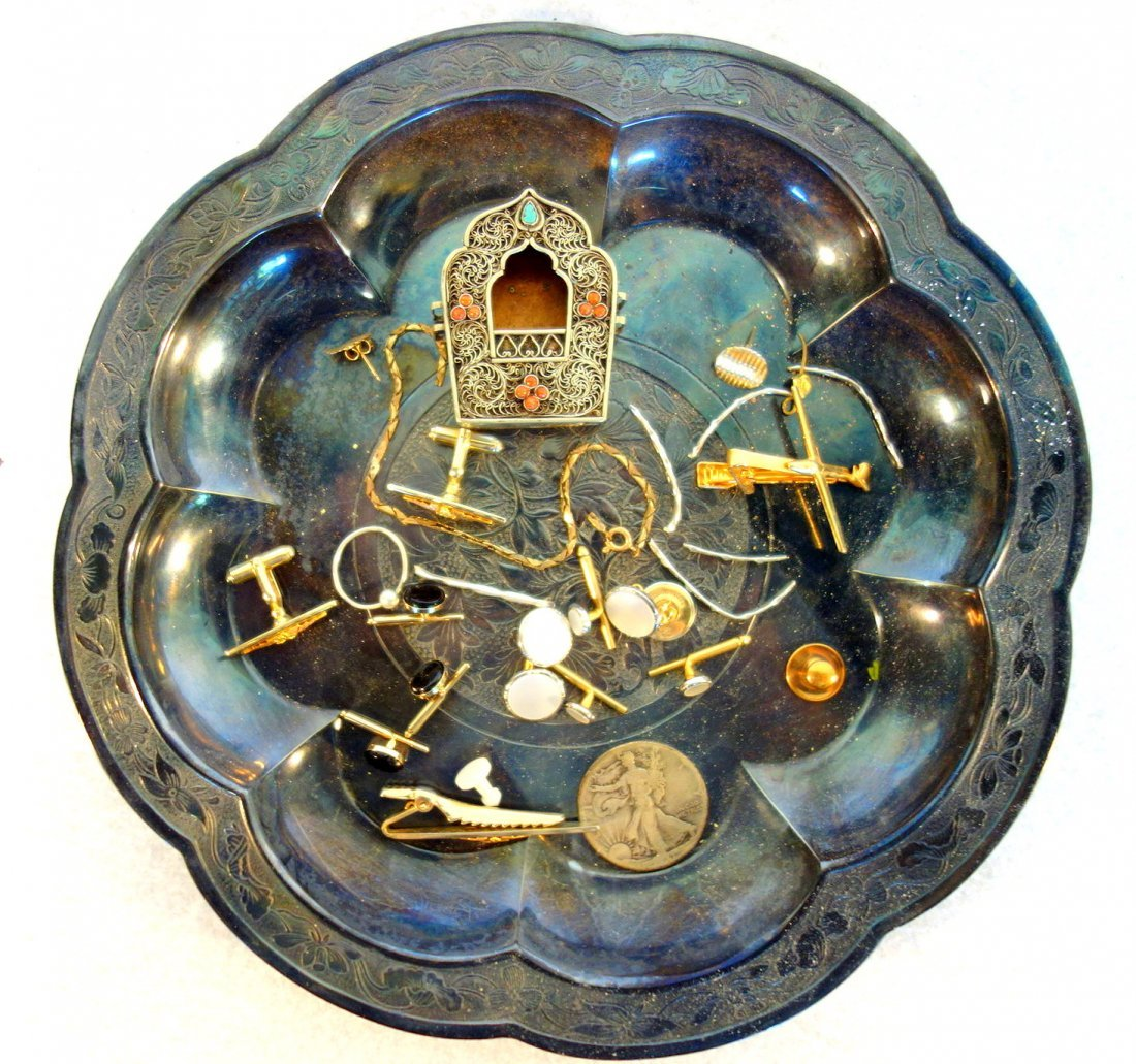 Grouping of decorative objects including sterling salt - 3
