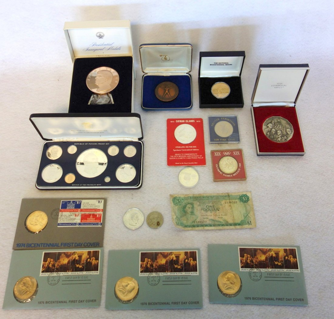 Grouping of mostly silver/bronze currency & medals