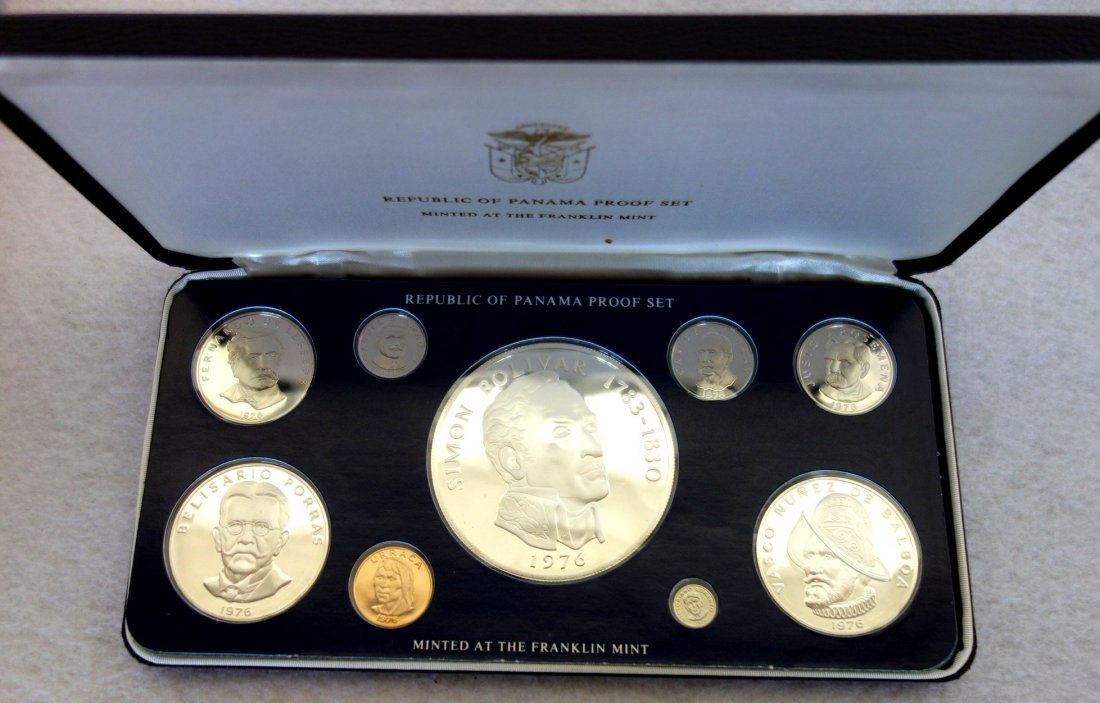 Grouping of mostly silver/bronze currency & medals - 3