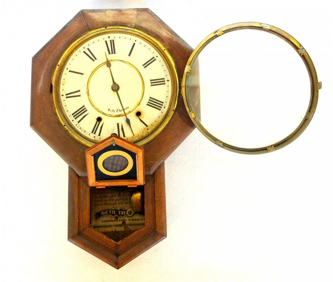 Seth Thomas oak school house clock with key and - 2