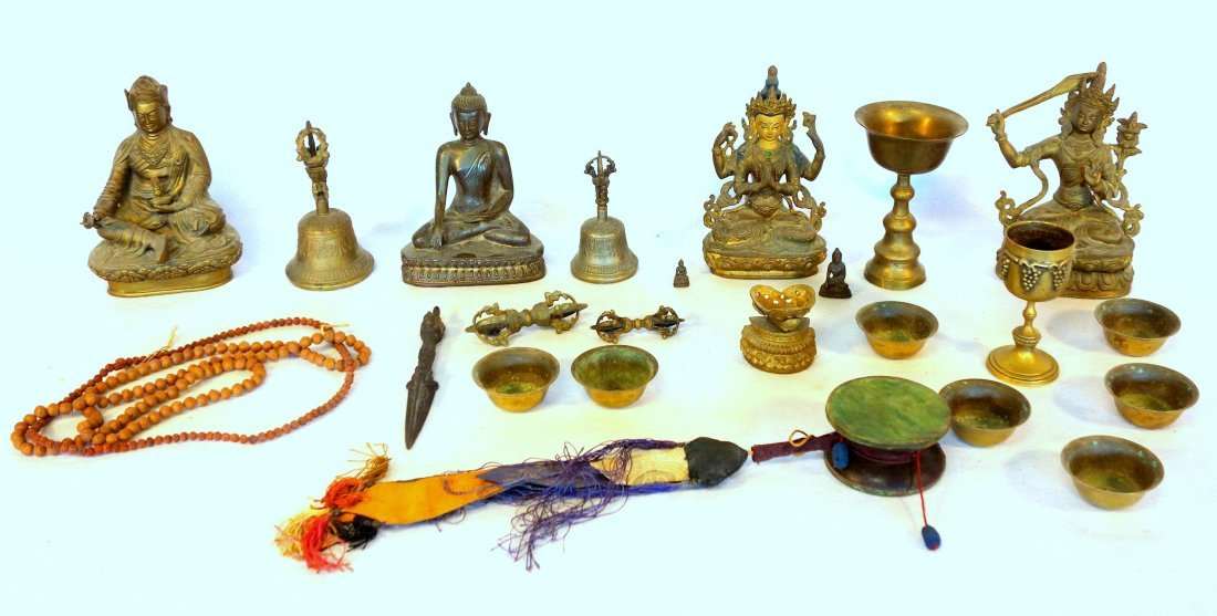 Large grouping of mostly Tibet Buddhism related