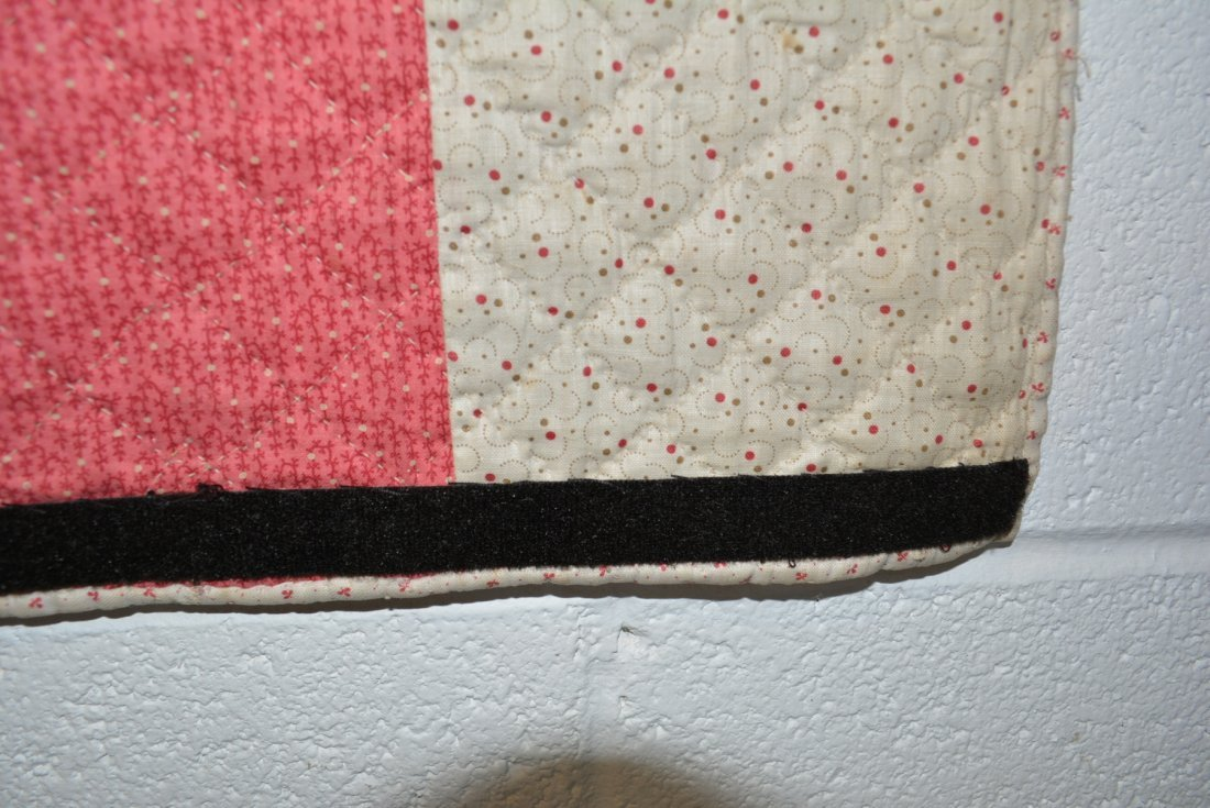Graphic Lone Star pattern hand sewn quilt - reverse - 10
