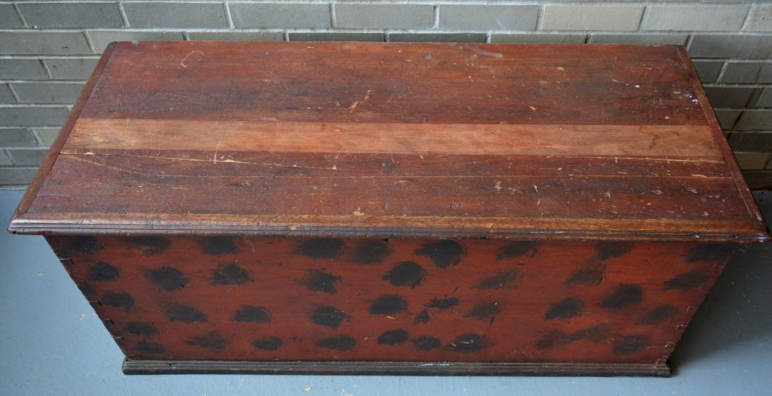 Good blanket box in original red paint with black - 2