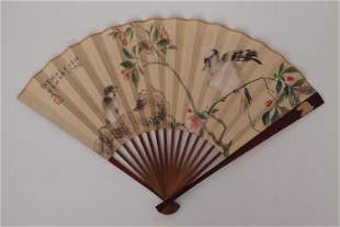 A CHINESE FOLDING FAN WITH COLORFUL PAINTING BIRDS AND