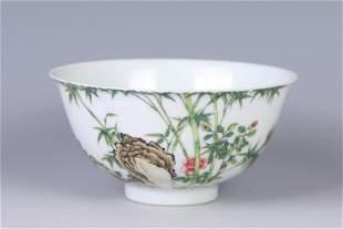 A CHINESE ENAMEL FLOWER GLAZED PORCELAIN BOWL