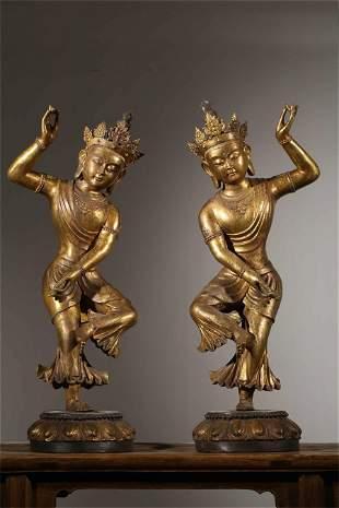 A Pair of Chinese Gilt Bronze Figure of Buddha