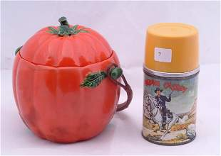 Hop along Cassidy Aladdin thermos and a Japan biscui