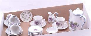 Unmarked porcelain child's tea service for six