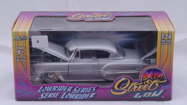 1004: Jada Toys - Lowrider Series - 53 Chevy Bel-Air