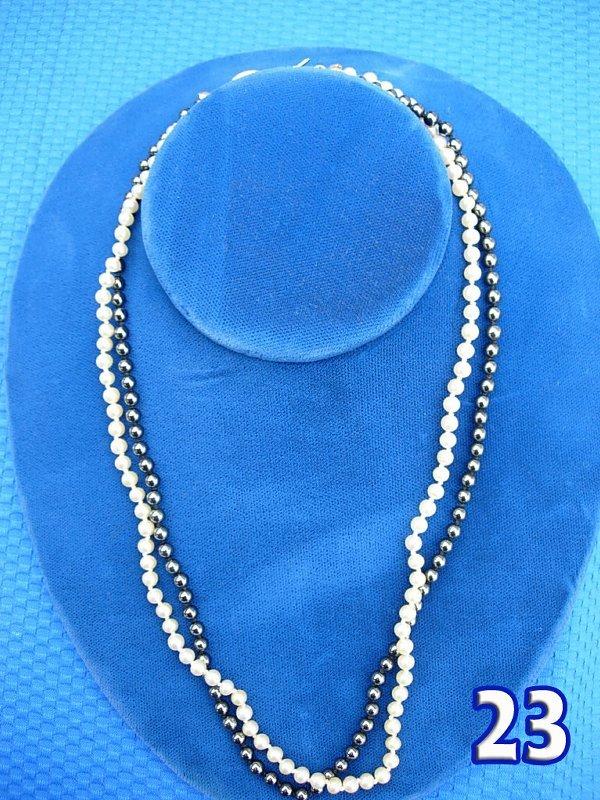 "1023: Ladies 18 1/2"" Pearl & Hematite Necklace"
