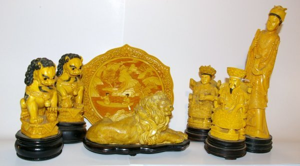 19: Collection of Oriental Figurines