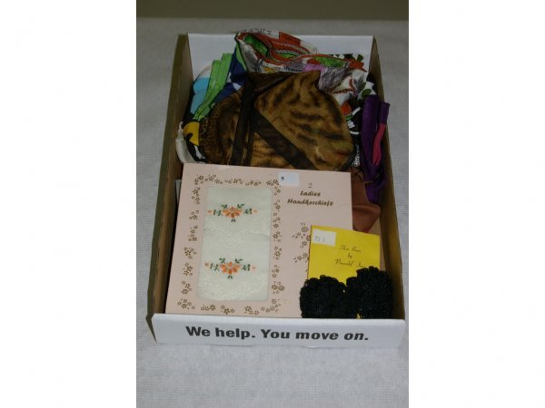 1005: Tray lot of Miscellaneous Scarves & Handkerchiefs