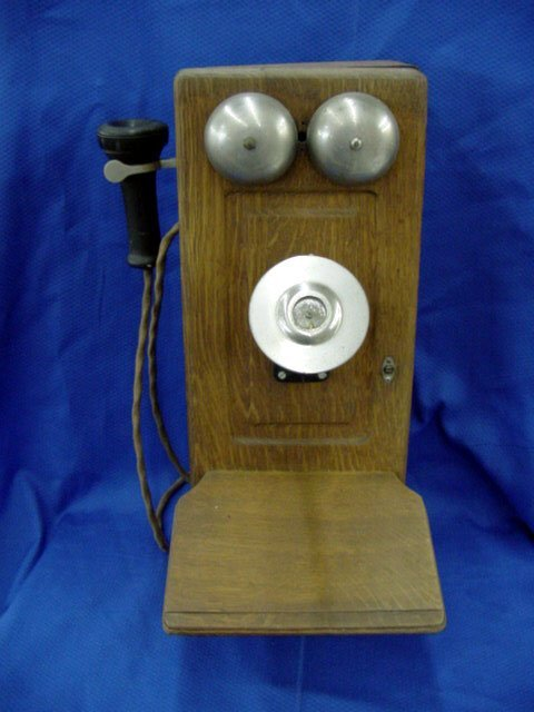 22: Oak Telephone Case