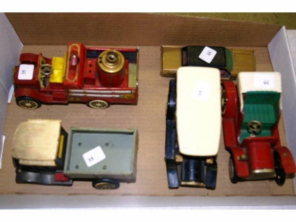 1004: Tin Model Cars