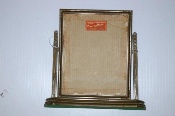 11: Swing Frame
