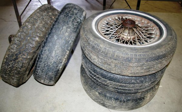623: A Set of Five Wire Spoke MG Wheels
