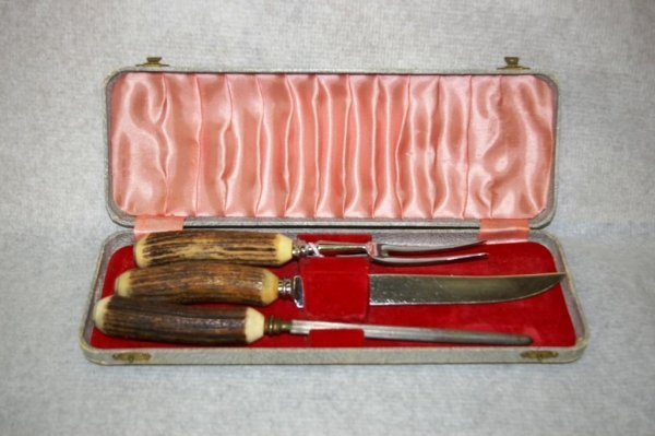 2: Stage Handled Carving Set in Fitted Case