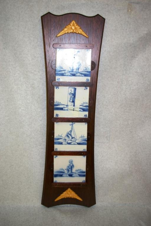 13: Wall Hanging With 4 Delft Plates