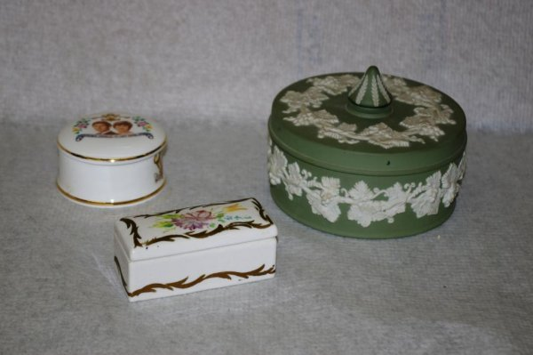 24: Wedgwood  & 2 Hand Painted Dishes