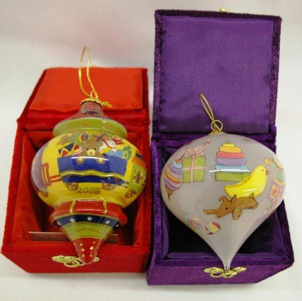 1011: 2 Li Bien Hand Painted Ornaments