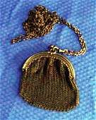 243: Victorian Era Chain Mesh Purse