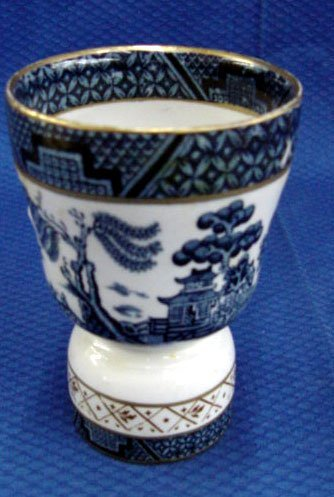 20: Blue Willow Egg Cup