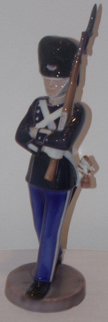 B&G Figure