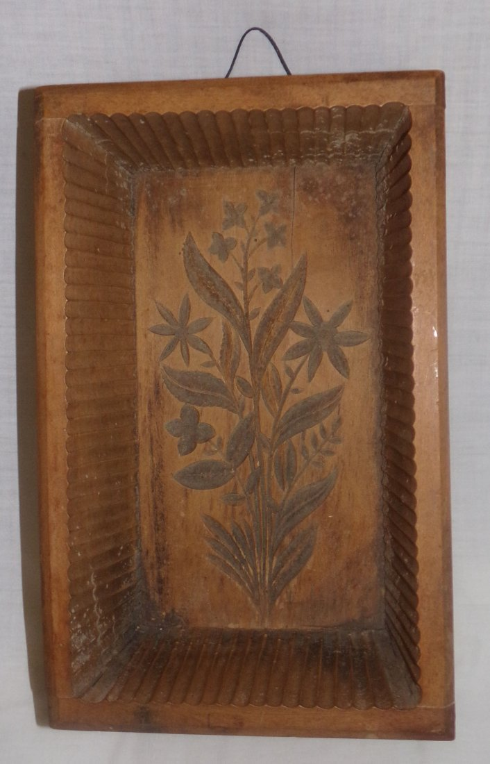 Wooden Country Primitive Dovetailed Mold