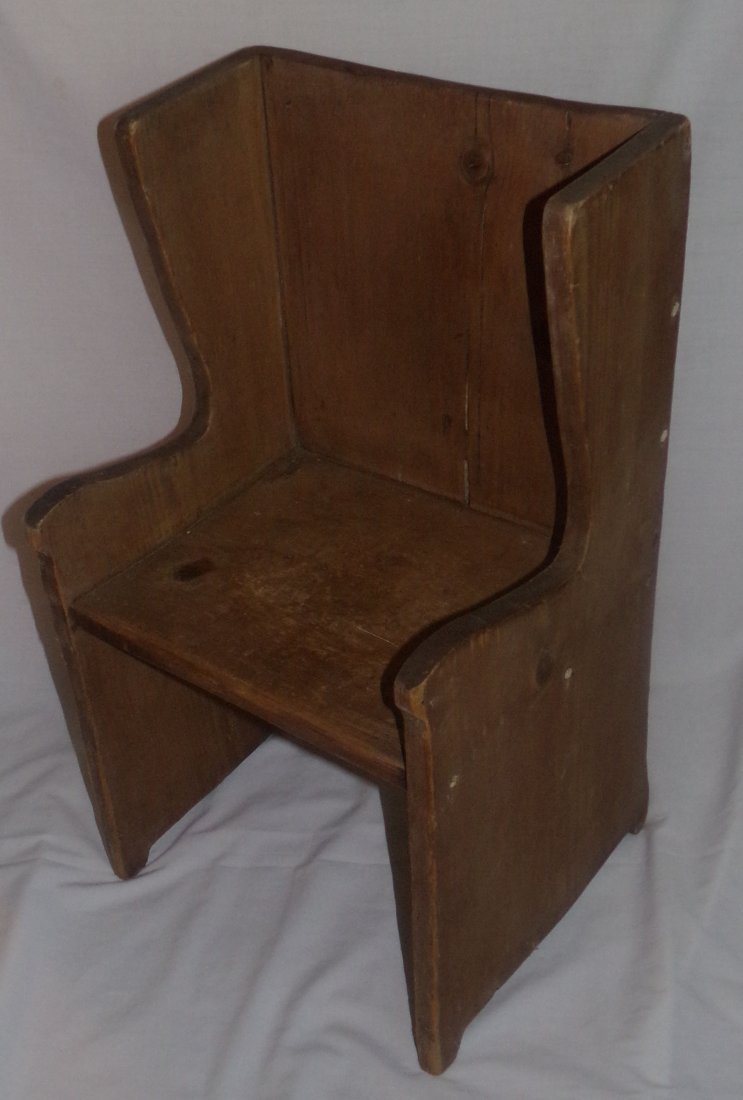 Child's Settle Chair